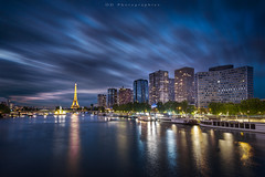 Blue Hour sur Paris (Objectif dizi (O.DPhotographies)) Tags: paysages photography paris fineartphotography france colors capitale cityscape bluehour heurebleue megashot sunset nikon nisifilter nikonphotographer nightshot n