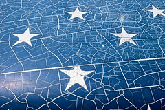 MLSR783133211350734780743022 (Matt Tirrell) Tags: photography color texture surface white blue cracked cracking paint american stars tirrell t6s canon may2017