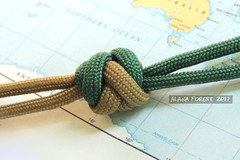 2-strand 5x3 2-pass gaucho knot (A L A N A) Tags: knot knots herringbone gaucho 2pass 5lx3b 5x3 multistrand multi strand 2strand lanyard paracord turkshead stopper footrope thk button terminal facets узел бриллиант ring cylinder cylindrical alana forest alanaforest