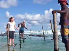 Pêcheurs au Sri Lanka - GlobAlong (infoglobalong) Tags: sri lanka éléphants animaux aide animalier bénévolat asie excursions pêcheurs mahout bain cultures