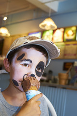 Dogs prefer Ben and Jerry's (Michael Juvet) Tags: ben jerrys ice cream new england massachusetts ma hyannis cape cod kid portrait