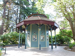 The Bandstand (jimmywayne) Tags: victoria britishcolumbia park beaconhill canada garden aviary bandstand victorian
