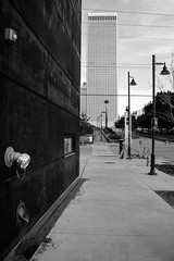 Elements 12 Conversion (brev99) Tags: d610 tamron28300xrdiif tulsa downtown buildings wall bricks brickwall lampposts shallowdof ononesoftware on1photoraw2017 photoshopelements12 blackandwhite