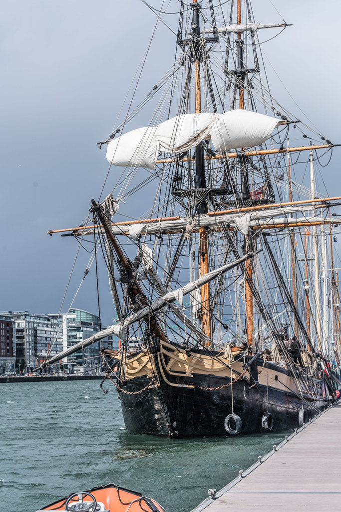 THE PHOENIX LEAVES DUBLIN PORT [DUE TO VISIT DROGHEDA LATER IN THE WEEK]-129426