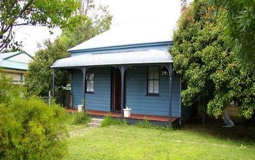 78 Queen St, Uralla NSW 2358