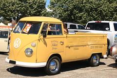 Vw Combi pickup (macadam67) Tags: funcar funcarshow show expo manifestation voitures cars carmeeting carshow wagen illzach alsace france volkswagen vw germanoldcar vwbus vwcamper
