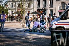 #19juin #FrontSocial #Nantes: deuxième arrestation musclée de la BAC (il y en aura une troisième) (ValK.) Tags: frontsocial loitravail cgtago hsbc manifestation nantes politique valk zad bac banque mobilisation police rassemblement repression social