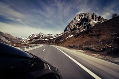 On the road II (la.churri) Tags: viaje trip carretera road montaña mountain embalse cielo sky azul blue paisaje landscape leon asturias babia pajares nikon d90 tokina1224mm