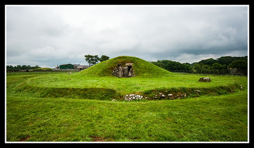 Bryn Celli Ddu West