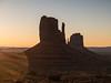 Monument Valley -20 (Webtraverser) Tags: monumentvalley navajoreservation sunrise themittens