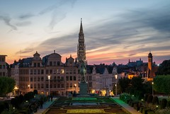 Brussels Sunset (dressk) Tags: brussels brussel bruxelles belgium belgique belgïe sunset summer june colour colours montdesarts kunstberg lights long exposure longexposure architecture travel europe sky nikon d40x nikond40x