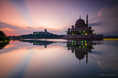 - Putra Mosque - (Md Farhan's Gallery) Tags: putrajaya masjidputra putramosque landscape reflection mosque morning ray raymaster malaysia lensamalaya nationalgeographic nature sunrise fujifilm fujinon xt1 xf1024mm cloud sky skyview