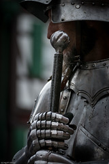 Zweihänder /  Two-handed sword (CASToR 95) Tags: kostüm fest ritter bretten schwert umzug geschichte