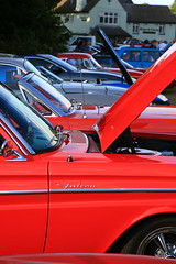 Line up (Bruce82) Tags: red bonnets ef24105mmf4lisusm canoneos5dmarkiii falcon classiccars americancars