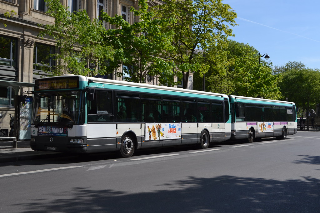 The world 39 s best photos of france and transports flickr - Bus 351 paris ...