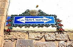 Los cuartones del Saphy (Gaby Fil Φ) Tags: cuzco qosqo cusco callesdelcusco carteles señales signs patrimoniodelahumanidad ph559 perú sudamérica colonial ciudadescolonialesdeaméricalatina latinoamérica