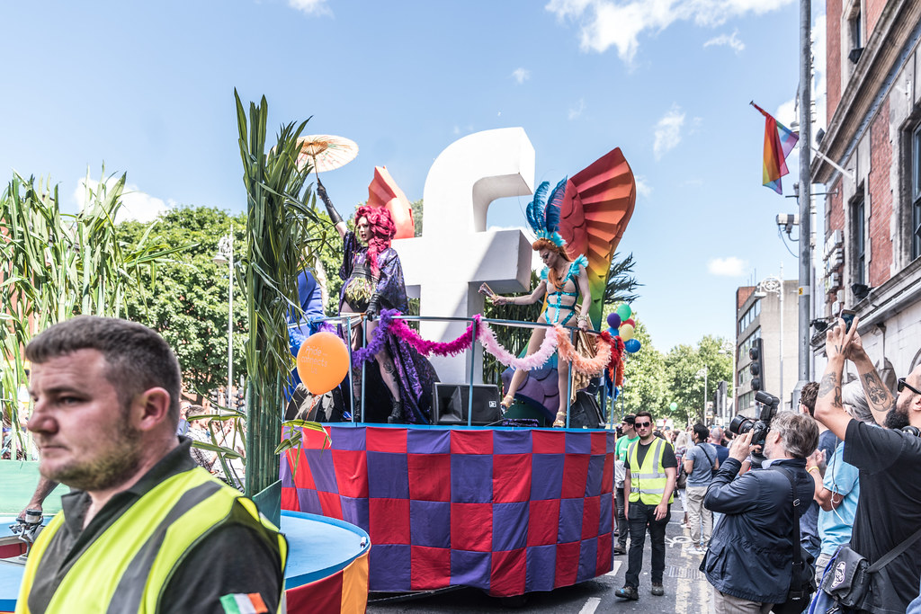 LGBTQ+ PRIDE PARADE 2017 [ON THE WAY FROM STEPHENS GREEN TO SMITHFIELD]-130017