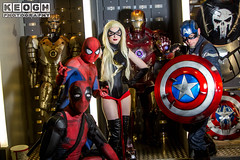 IMG_9587.jpg (Neil Keogh Photography) Tags: gloves spiderman deapool films gold boots comics wig man salfordcomiccon2017 videogames swords captainamerica women shield mask blonde leotard red female movies katanas bodyamour marvel blue marvelcomics white guns cosplay male black cartoon msmarvel