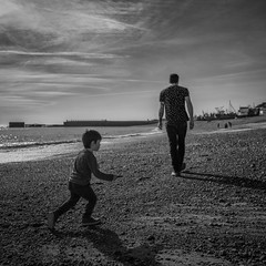 don't walk away (stocks photography.) Tags: michaelmarsh photographer photography seaside coast beach hastings