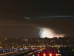 P1170553-0561-pt-loma-fireworks-over-san-diego-airport (dudegeoff) Tags: fireworks pointloma airport animiations gif animated 20170704sdbayfireworks sandiego july 2017