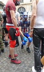 """bootsservice 17 1600662 (bootsservice) Tags: paris """"gay pride"""" """"marche des fiertés"""" bottes cuir boots leather sm motards motos motorcyclists motorbiker chiens dogs sub caoutchouc rubber uniforme uniform"""