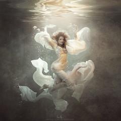 Desirae (wesome) Tags: adamattoun underwaterportrait underwaterphotography ikelite