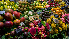 RE-020.jpg (placidoprod) Tags: barcelone espagne fruit laboqueria marché barcelona catalunya es