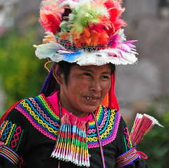 PER_3729.jpg (ro_mac) Tags: fröhlichkeit lächeln folklore tradition happyness smile colour portrait taquile puno peru