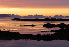 Achateny Sunset (Julian Hodgson) Tags: sunset achateny achatenybeach portban ardnamurchan eigg skye argyll lochaber scotland beach sea islands