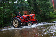 IMG_0428 (Yorkshire Pics) Tags: 1006 10062017 10thjune 10thjune2017 newbyhalltractorfestival ripon marchofthetractors marchofthetractors2017 ford fordcrossing river rivercrossing tractor tractors farmingequipment farmmachinery agriculture yorkshire northyorkshire