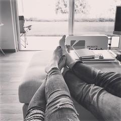 It feels like ... Friday!!! 🎉 Modalità weekend 🔛  #tgif #friyay #relax #welcome #weekend #weekendiloveyou #lugano #ticino #switzerland #theresnoplacelikehome #homesweethome 🏡 (Elena Sciocco) Tags: tgif friyay relax welcome weekend weekendiloveyou lugano ticino switzerland theresnoplacelikehome homesweethome
