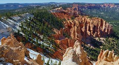 Bryce Canyon View (Susan Roehl) Tags: nationalparkstour2017 brycecanyonnationalpark utah usa paunsauguntplateau rockformations distinctgeologicalstructures southwesternutah hoodoos settledbymormons ebenezerbryce 35835acres sueroehl panasonic lumixdmcgh4 100400mmlens handheld canyon landscape ridge cliff trail outdoors ngc