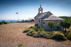 Environs de Pakostane (lac Vransko Jezero) (G Dubuc) Tags: croatie mer barques églises ruines