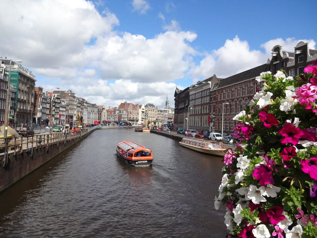 The world 39 s best photos of amsterdam and spring flickr for Amsterdam vacanza