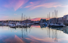 Sutton Harbour Sunset (Rich Walker75) Tags: sunset reflection reflections boat boats harbour harbor evening colour pink blue plymouth plymouthbarbican britainsoceancity devon uk england eos100d efs1585mmisusm canon