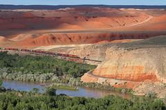 Slowing for Himes Canyon (Moffat Road) Tags: bnsf es44c4 ge river redrock himescanyon bighornriver himes kane wyoming bnsfcaspersubdivision train railroad wy freighttrain