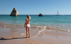 Summer holidays 🌞 (Behappyaveiro) Tags: prainhabeach algarve portugal europa europe alvor beach ocean oceanoatlântico atlanticocean mermaid