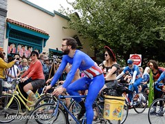 DSCN2152 (IantoJones2006) Tags: fremont solstice cyclists 2017 naked bike seattle parade nude painted body paint bicycle
