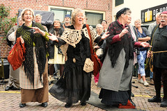 oude-tijden herleven-in-hattem (Don Pedro de Carrion de los Condes !) Tags: donpedro d700 street candids feest ijssel hattem shanty koor expressief