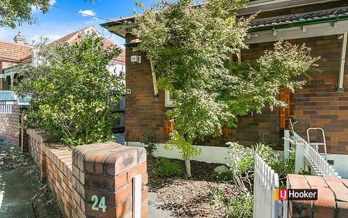24 Woodbury St, Marrickville NSW 2204
