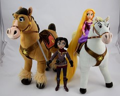Rapunzel and Cassandra Dolls with Plush Maximus and Fidella - Cassandra Standing Between Fidella and Rapunzel Riding Maximus (drj1828) Tags: us disneystore tangled tangledtheseries doll 2017 purchase posable adventure 10inch 2d deboxed maximus horse plush 15inch riding cassandra fidella