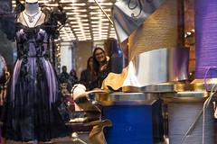 Tailoring (Pan.Ina) Tags: tailoring sartoria moda milano italia vetrina montenapoleone sarte artigiano crafts scene dress abito shop negozio
