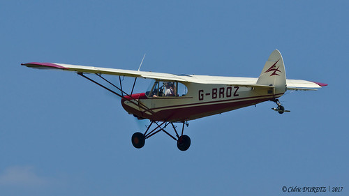 Piper PA-18-150 Super Cub / Private / G-BROZ
