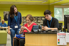 Tech Stop at HCLS Central Branch (Howard County Library System) Tags: centralbranch hcls howardcountylibrarysystem it library maryland techstopcrew computers iphone technology teens
