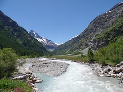 das Ende der Welt (corinne emery) Tags: zinal eau navizence zinalrothorn nature landscape exterieur valais wallis suisse swiss flickrunitedaward montagne