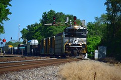 NS 1133 East (redfusee) Tags: ns