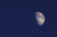 Moon Photography (Jonathan Simonsen) Tags: moon astro astrophotography zoom explore space close canon dslr volcanos moonphotography outerspace 250mm lens enjoy månen themoon