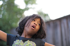Singing (swhodgeman) Tags: canon 5div l 50mm 5012 5012l kids girls girl 12 12l