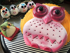Owl Party (MelindaChan ^..^) Tags: owl cake dessert food eat mousecake homemade chanmelmel bouquet mel melinda melindachan sweet