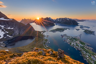 Midnight Sun over Reinefjorden